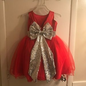 Other - Beautiful little red toddler dress!